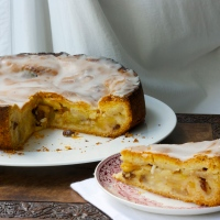 German apple torte - gedeckte Apfeltorte