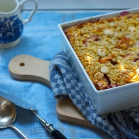 Baked plum porridge