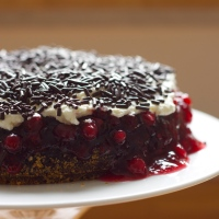 Lingonberry cake